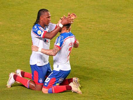 Rodallega marca quatro vezes e Bahia vence o Fortaleza