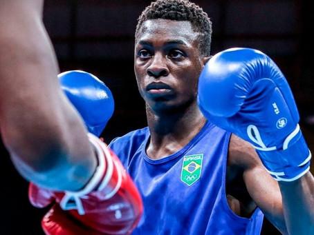 Tóquio 2020: Baiano Keno Marley vence chinês e vai às quartas de final no boxe