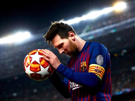 Pai confirma acerto de Messi com o PSG; craque deve desembarcar em Paris nesta terça-feira (10)