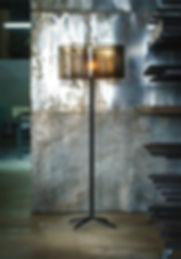 lampe flo petite.jpg
