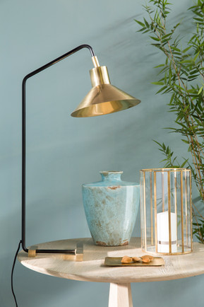 THE MUST HAVE LAMP....................