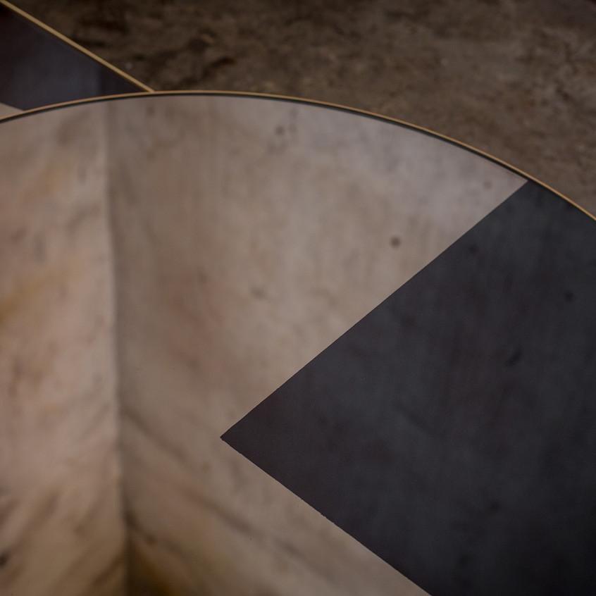 20776 Bronze round geometric coffee tabl