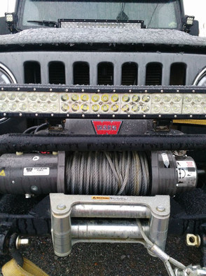 Jeep with winch.jpg
