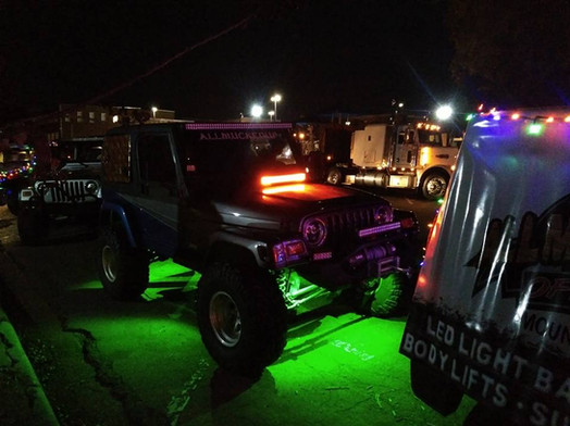 Jeep with underglow lights.jpg