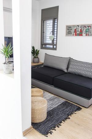 ספה נפתחת בפינת משפחה