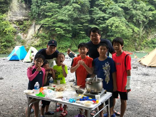 少年部合宿と称してキャンプに行きました。