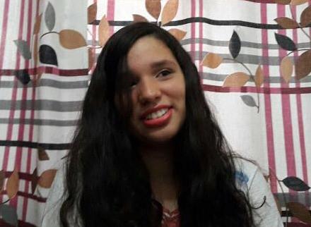 Glória a Santíssima Trindade - Depoimento da vocacionada Ana Clara