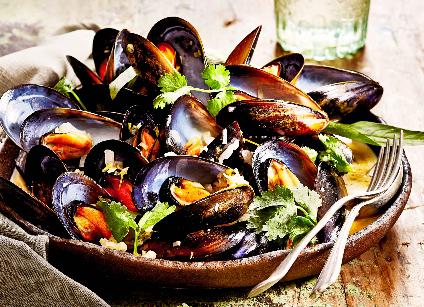 karen-martini-coconut-mussels_edited.png