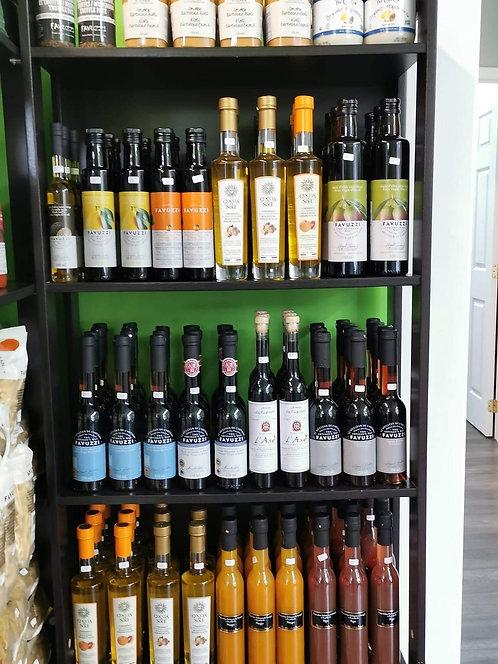 Favuzzi Huiles olive & vinaignes aromatisés artisanales, différents $$