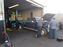 Fuel pump/carburator/alternator/steering column/brake/rotor/drum/tire/battery F150 1986