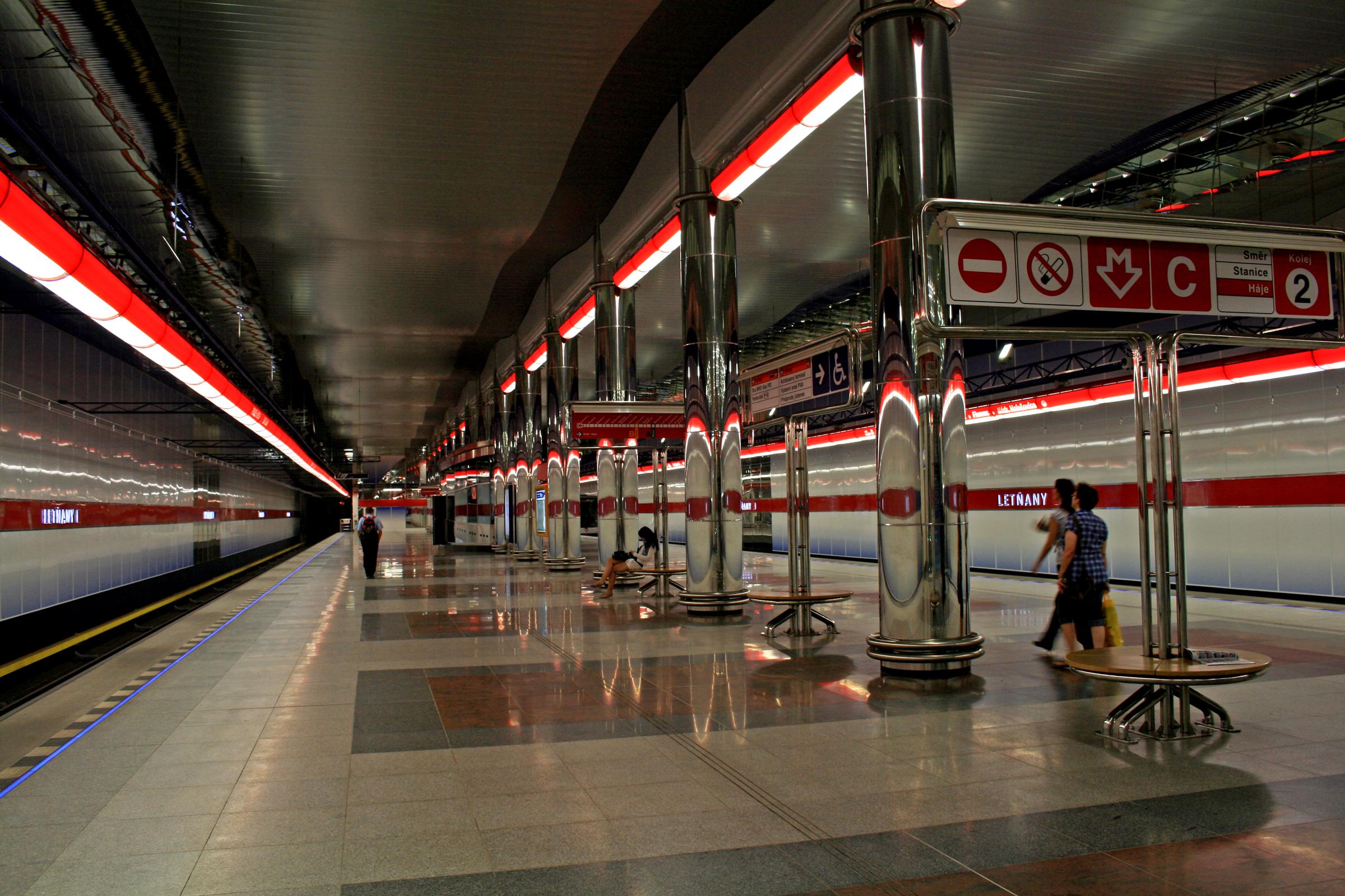 Metro_Letňany_1