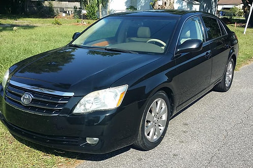 2005 Toyota Avalon Limited Sedan 4D