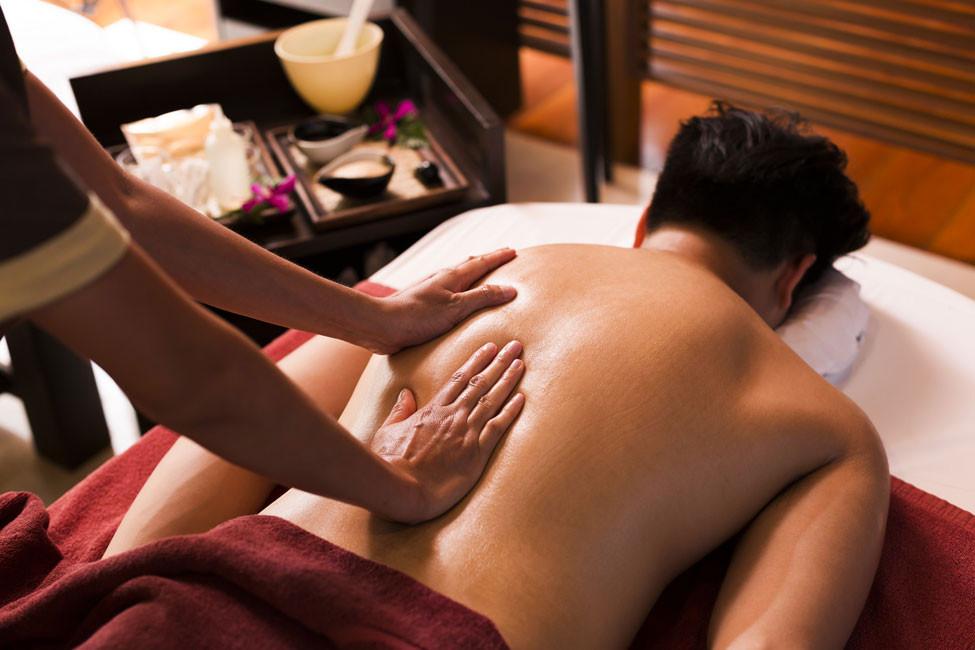 Shutter-Stock-Back-Massage.jpg