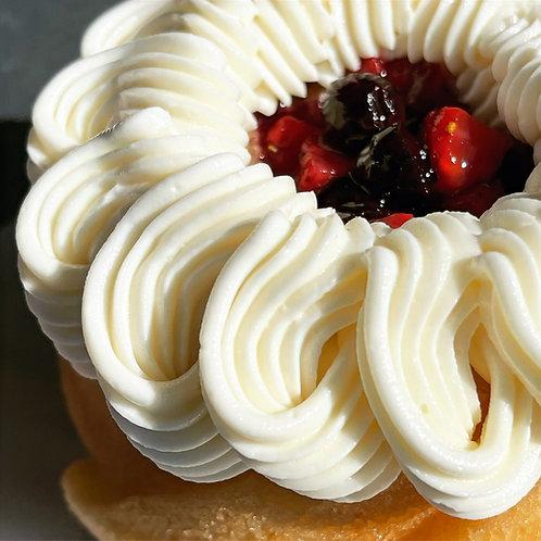 Gluten Free Vivacious Vanilla Mini Bundt Cake