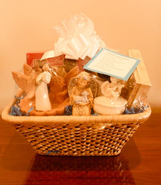 Heavenly Angels Basket  (#61). Min. Bid: $50.  Buy It Now: $90.00