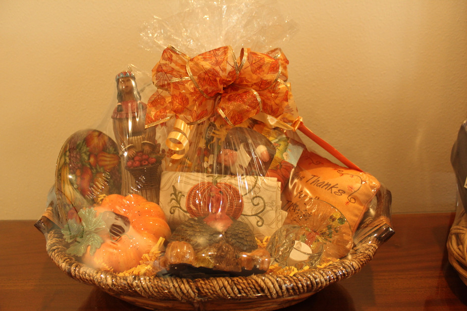 Thanksgiving Basket. (#22). Min. Bid: $50.  Buy It Now: $75.00