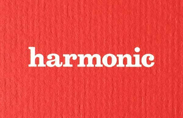 Logo by Mariqua