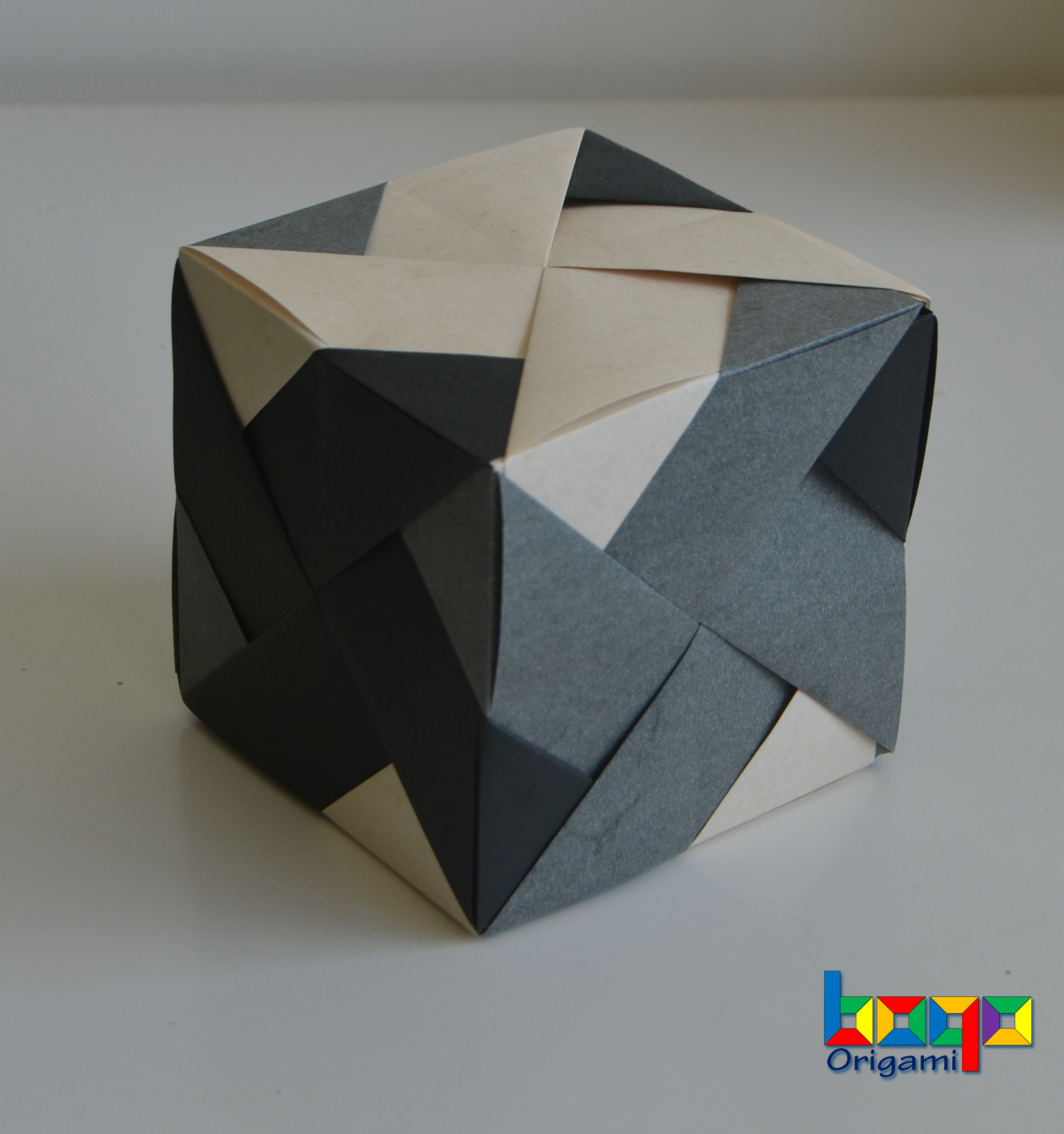 Pinwheel cube - Type A elephant hide