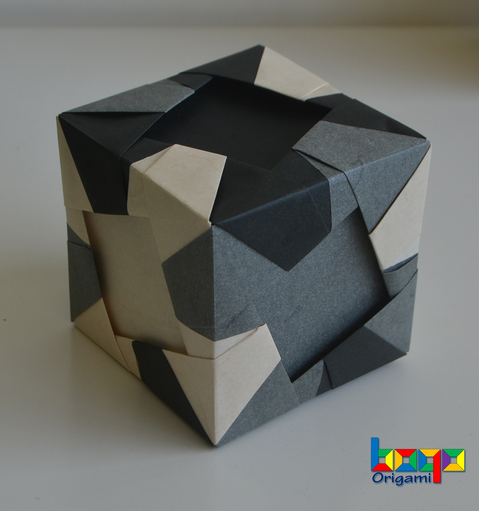 Pinwheel cube - Type B elephant hide