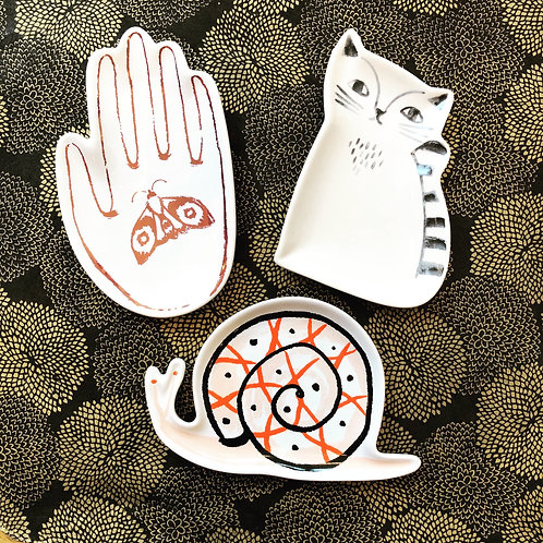 ceramic cat, hand or snail trinket dish