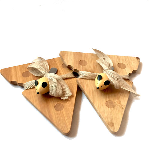 wooden 'cheese' & mouse serving board & knife set