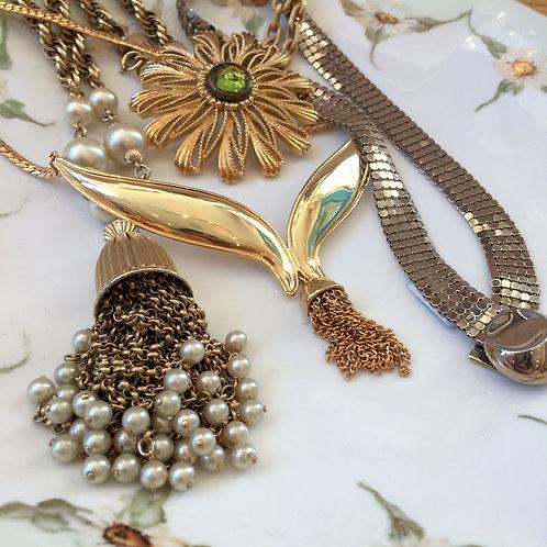 vintage estate jewels! mid century gold tone necklace