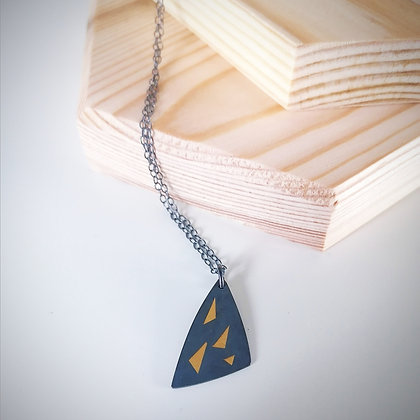 Black & Gold Sail Necklace