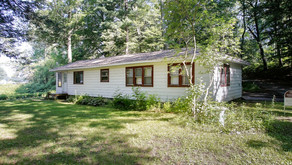 SOLD! 9480 Lakeview Dr Delton, MI 49046