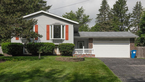 SOLD! 705 Piccadilly Rd Kalamazoo, MI 49006