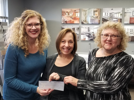 Mequon Remodeler Donates to Family Sharing of Ozaukee County