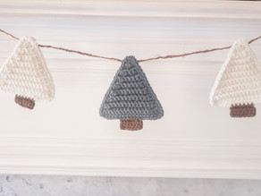 Christmas Tree Garland - Free Crochet Pattern