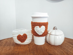 Quick Crochet: Fall Heart Coffee Sleeve (Heart Applique)