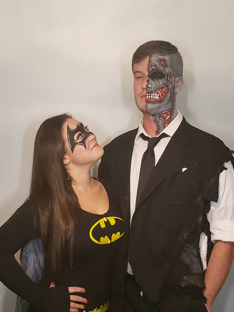 Batgirl & Two Face