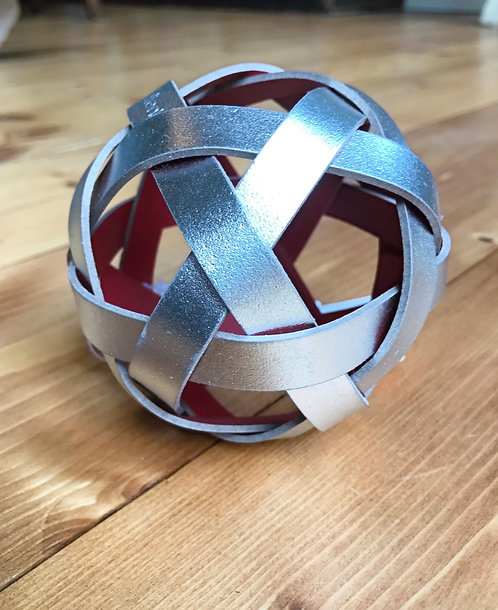 Metallic ball