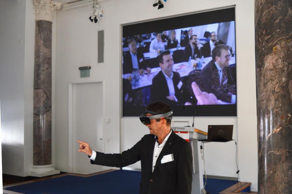 Michael Zawrel bei seinem Vortrag