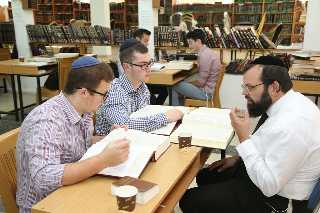 rabbi-sos-group3