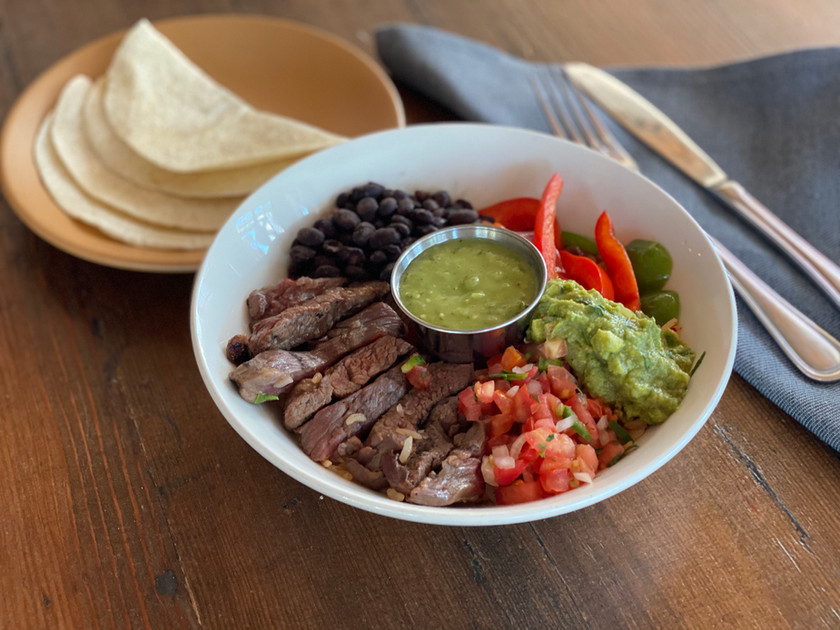 CocinaHermanas FajitaBowl Steak.jpg