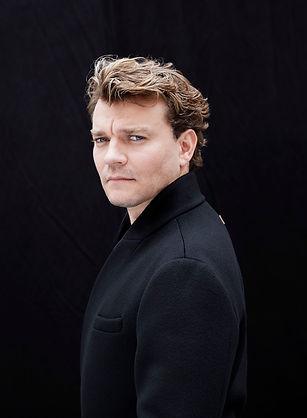 Pilou Asbæk 2019_clearet_Christian Stæhr
