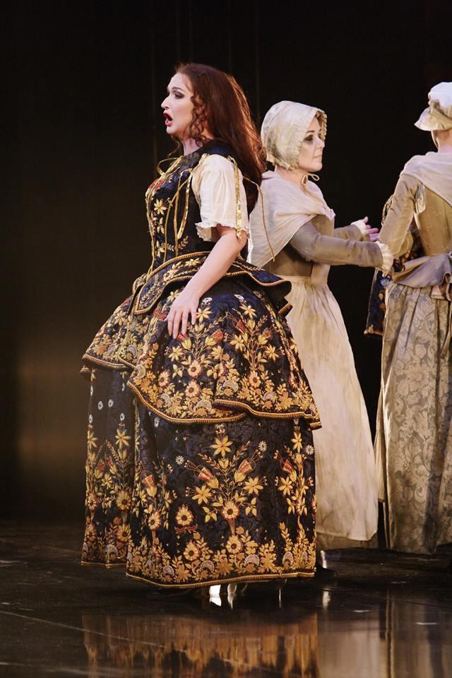 Leonora, Me pellegrina ed orfana