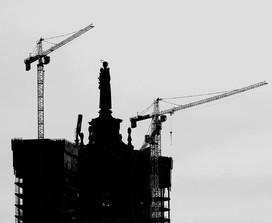 Santo in costruzione