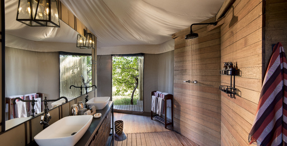 Nxabega Okavango Delta Lodge - Guest Bathroom