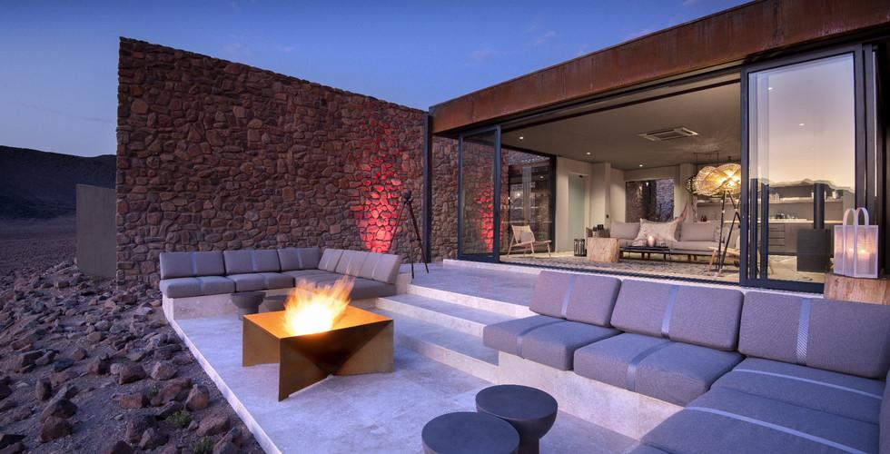 &Beyond- Sossusveli Firepit Lounge
