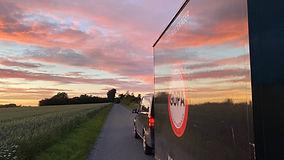 Bil og vogn solnedgang 4.jpg