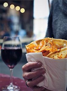 Nachos og vin i baggrunden - Kopi.jpeg