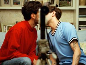Como um beijo desfigura um homem; 'Matthias e Maxime' está em cartaz no MUBI