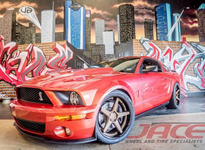 Amazing Looking (AND FAST) Shelby Mustang GT500