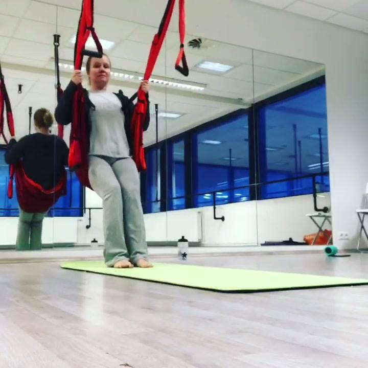 Hér er gaman #yoga #yogatrapeze