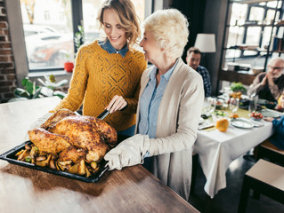 Recipe: Thanksgiving Turkey Bone Broth