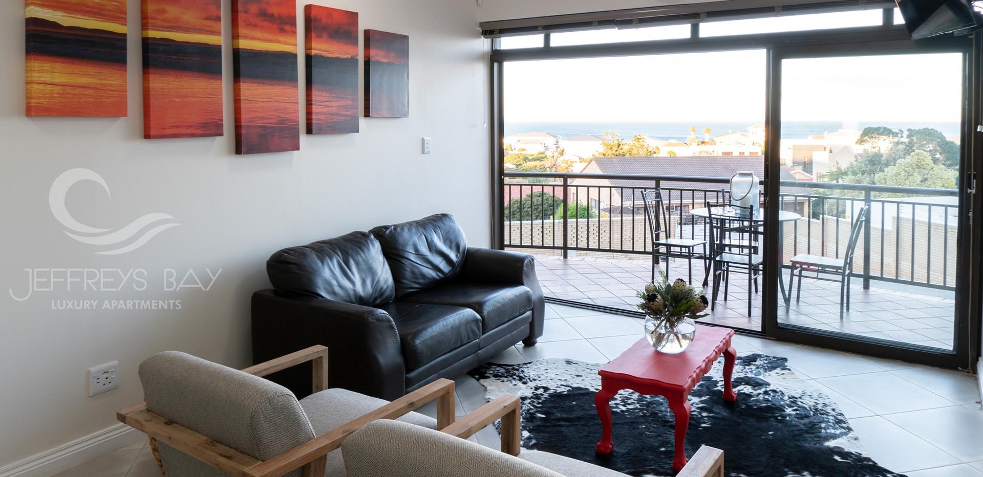 Jeffreysbay_Lux_apartments_Unit6_Lounge_