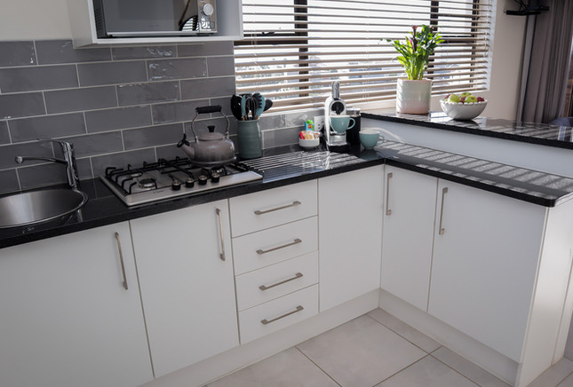 UNIT8_kitchen.jpg